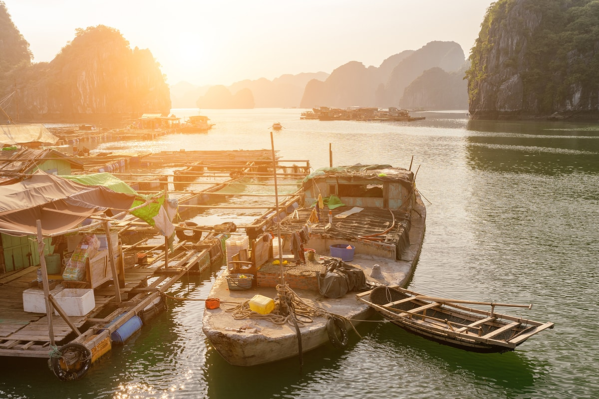 11 day Highlights of Vietnam tour with flights