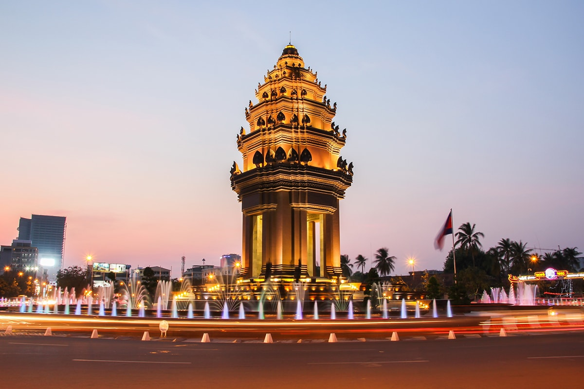 14 Day Vietnam and Cambodia Discovery tour with return flights