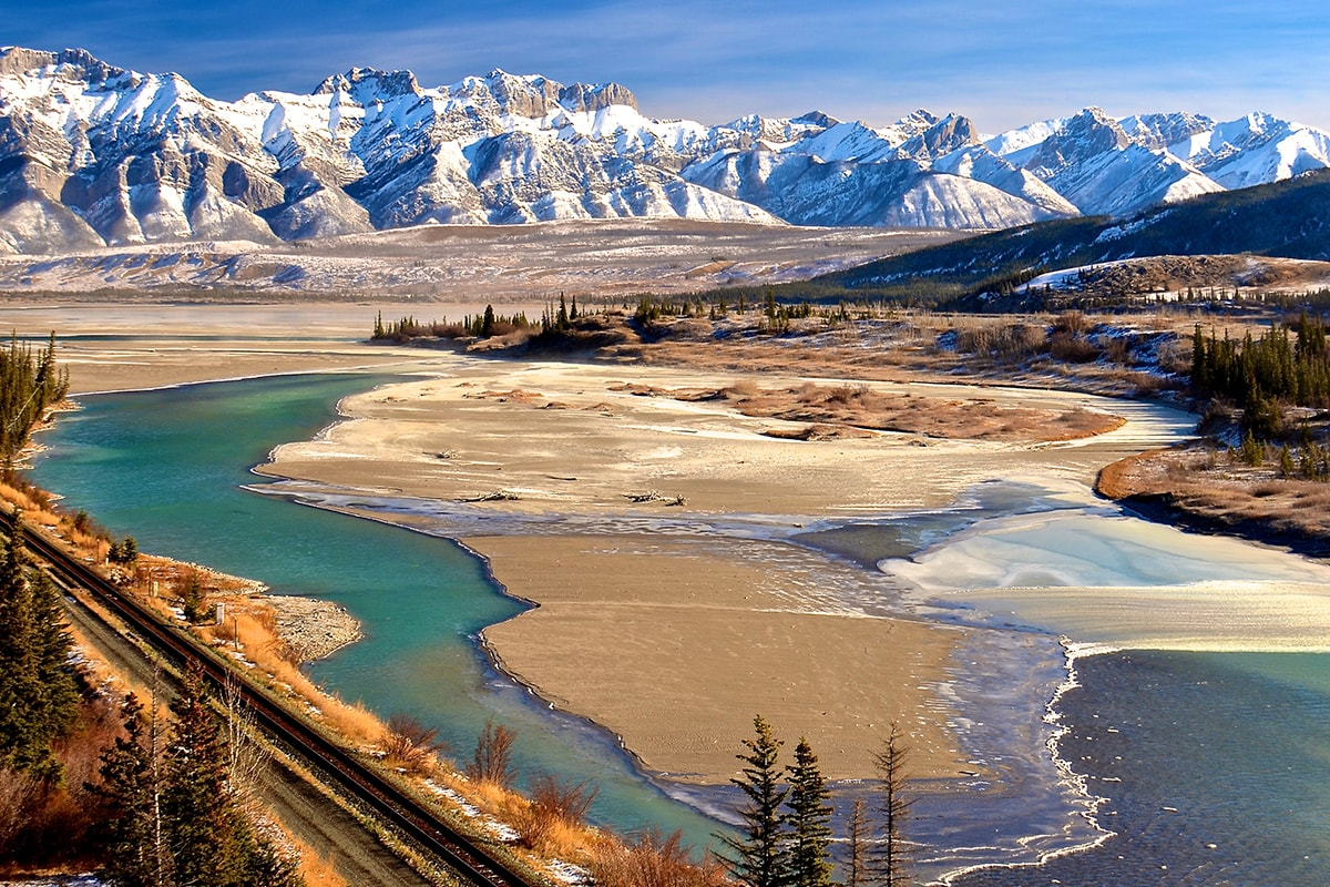 21 day Grand Canadian Rockies tour with Rocky Mountaineer, Alaska cruise and flights