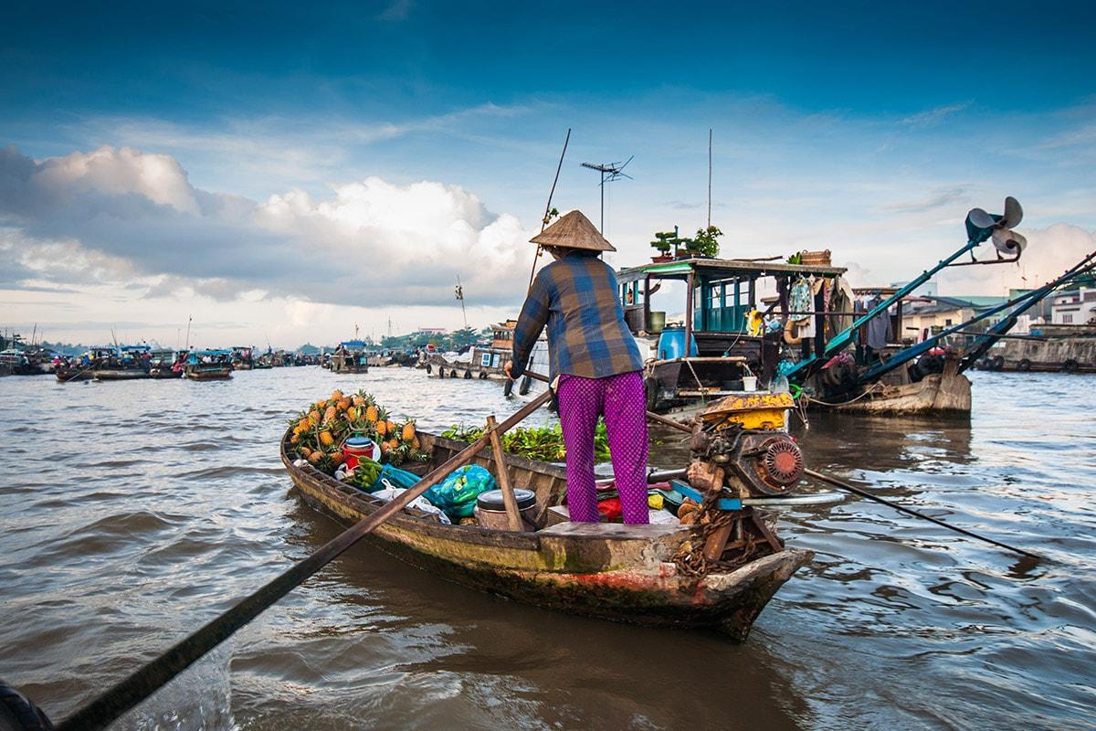 16 day Vietnam tour with flights