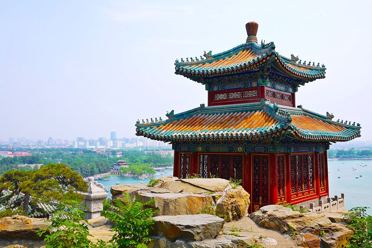 21 day China Uncovered tour with Yangtze River cruise and flights