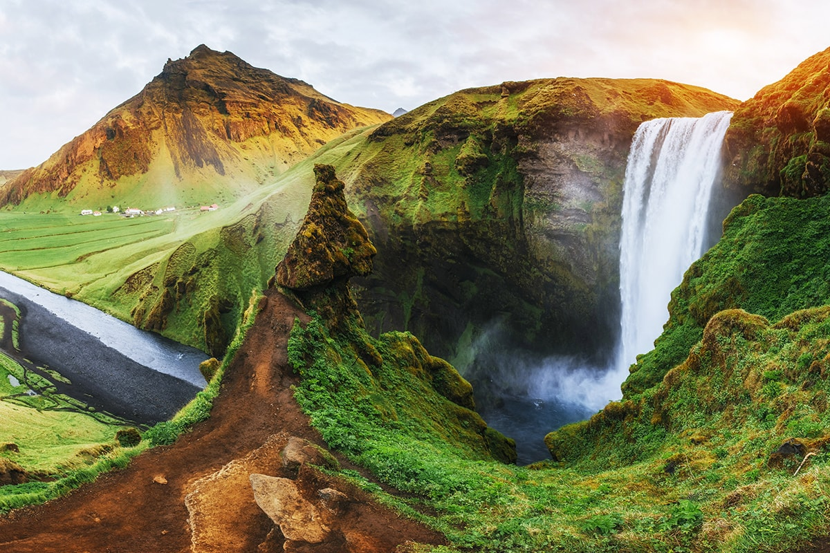 10 day Insights of Iceland with flights