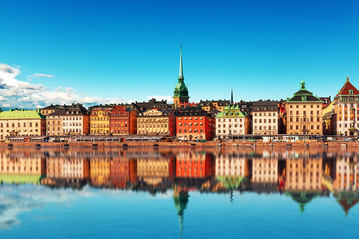 17 day Scandinavian Classics with Baltics cruise & flights