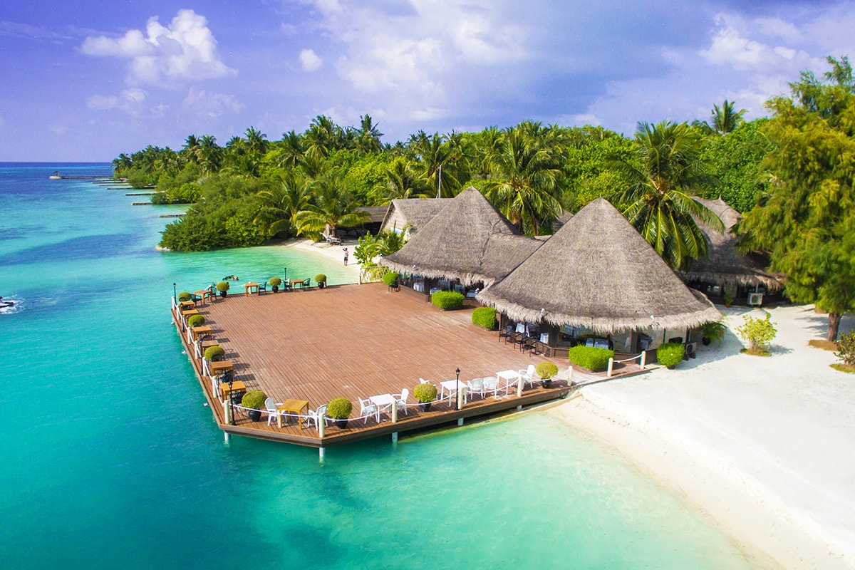 10 day Singapore & Maldives package with flights