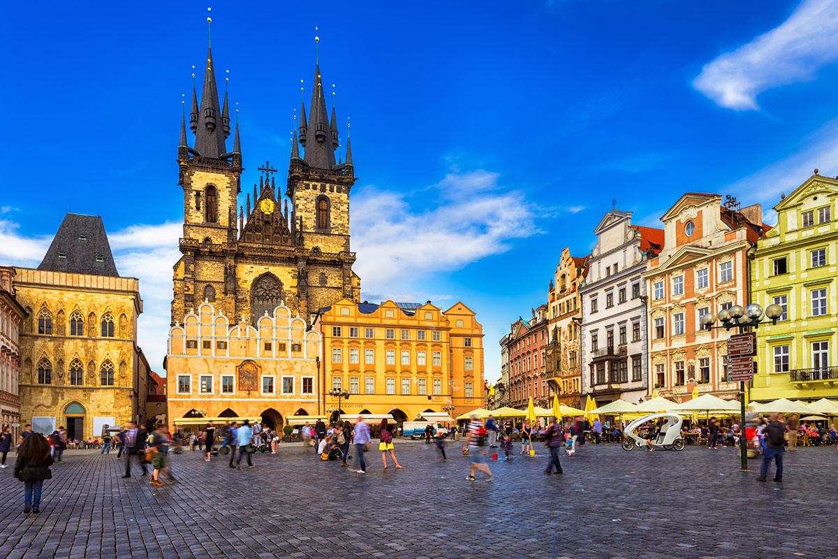 13 day Imperial Europe tour with flights