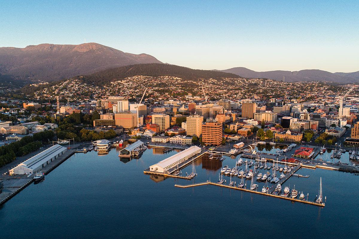 10 day Tasmanian Wonders tour with Virgin Australia flights
