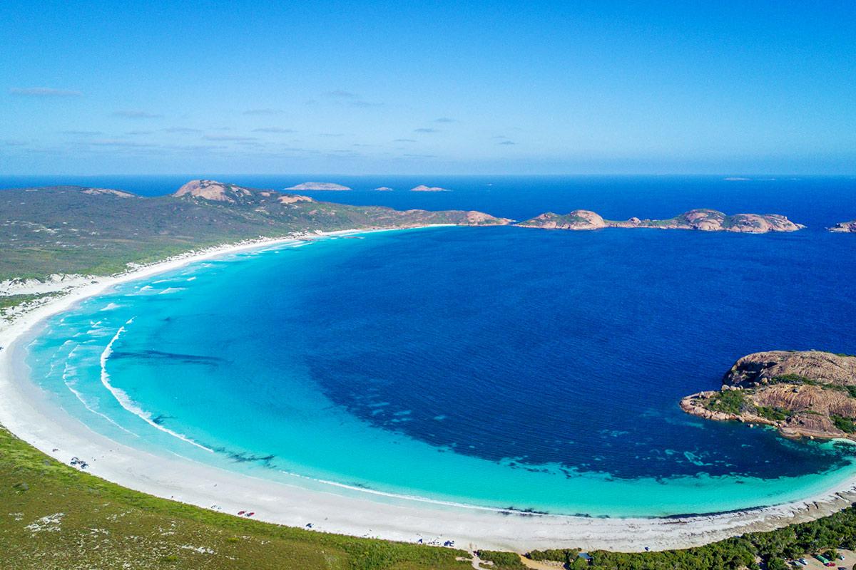 17 day Western Wonderland tour with Air New Zealand flights