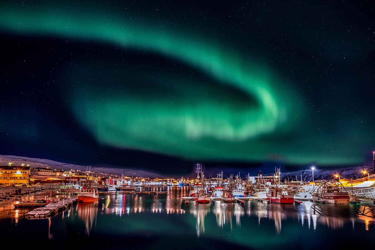 18 day In Search of the Northern Lights tour with Norway cruise and flights