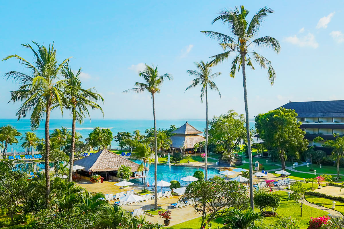 5 nights at the 5-star Discovery Kartika Plaza, Bali