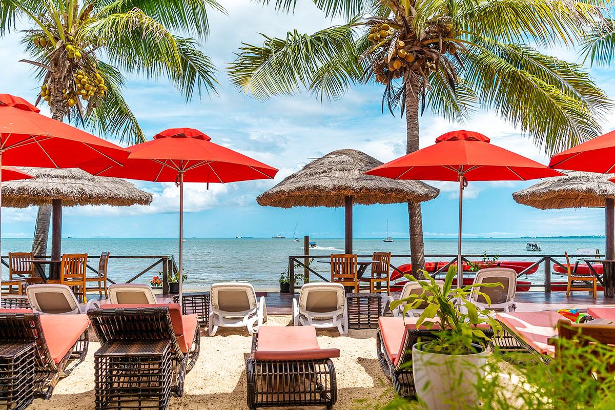 3 nights at the 4.5 star Ramada Suites by Wyndham Wailoaloa Beach, Fiji